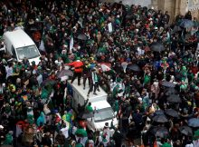 Algerians rally fifth consecutive Friday against ailing leader